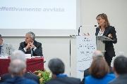 La prof. Lucarelli durante il suo intervento