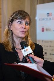 La prof.ssa Paola Lucarelli